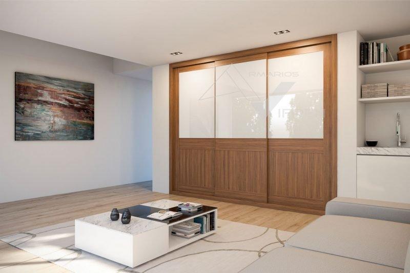 Puertas correderas vidrio blanco y melamina nogal