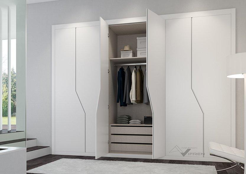 Armarios de puertas abatibles lacadas en blanco y espejo - Puertas de armario abatibles ...