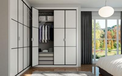 Puerta plegable blanco en melamina con aluminio negro
